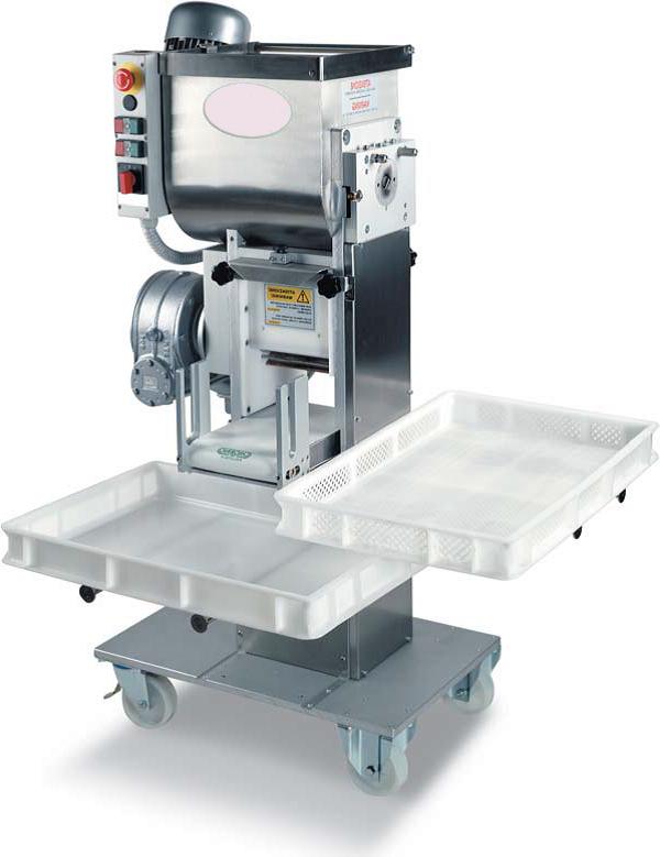 Автоматическая тестороскаточная машина 20 – 50 кг/ч с насадками
